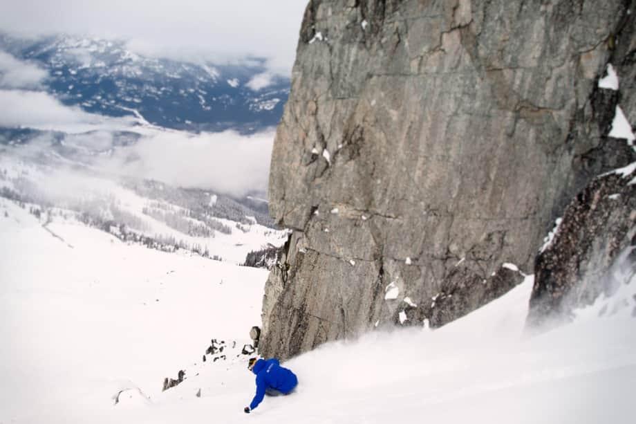 Guy-teaching-high-altitude-powder-skiing-on-ski-instructor-course